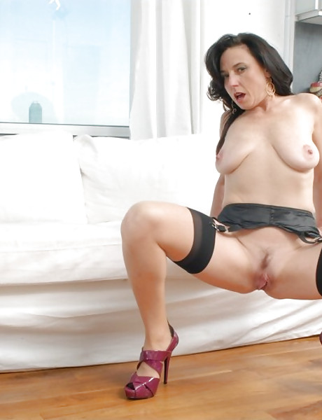 Classy brunette mature wife takes her dress off and gets fucked in stockings.