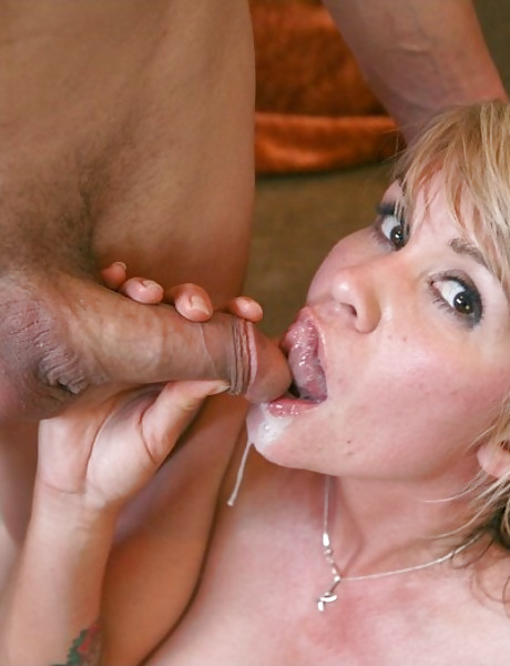 Lusty blonde chick spreads her legs and gets her wet meat hole banged hard and fast.