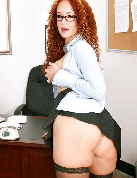 Classy mature office bitch removes her lingerie in the office and gets double fucked.