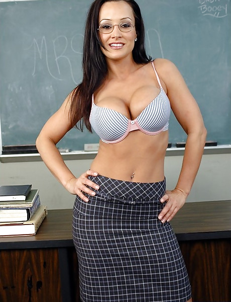 Busty mature teacher takes her clothes off and lets student eat out her fannny.