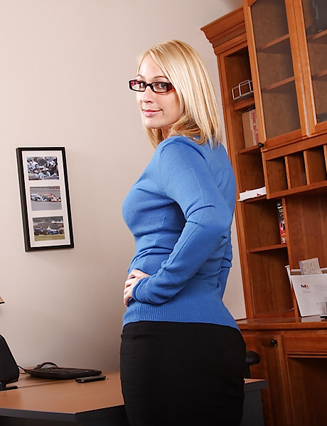 Sexy blonde secretary with glasses, hot tanned body and big breast playing with dildo