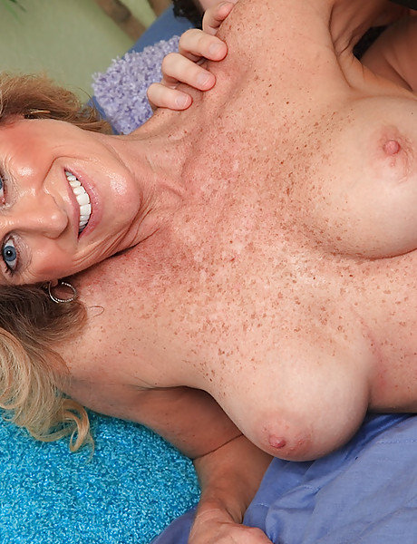 Hot horny milf with sexy freckles all over her sexy big boobs has hardcore sex