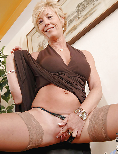 Kinky blonde strips and masturbates for the camera 3