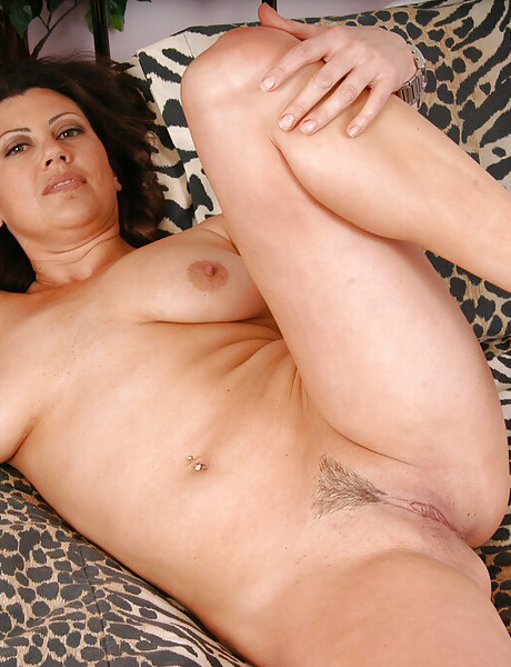 Sexy curvy milf with natural saggy boobs and a tight soft pussy stripping and teasing