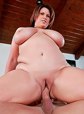 Busty mature BBW bitch takes her clothes off and gets her chubby cunt pumped.