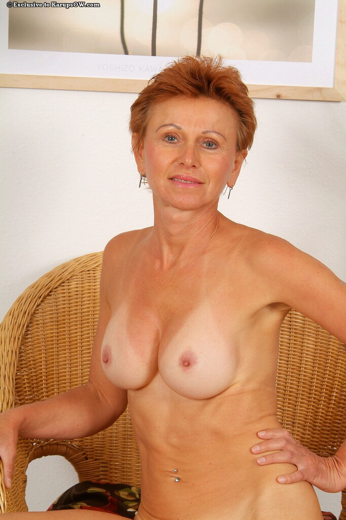 Mature redhead boobs pussy sex images