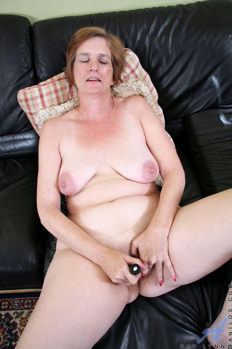 Granny mature saggy boobs older