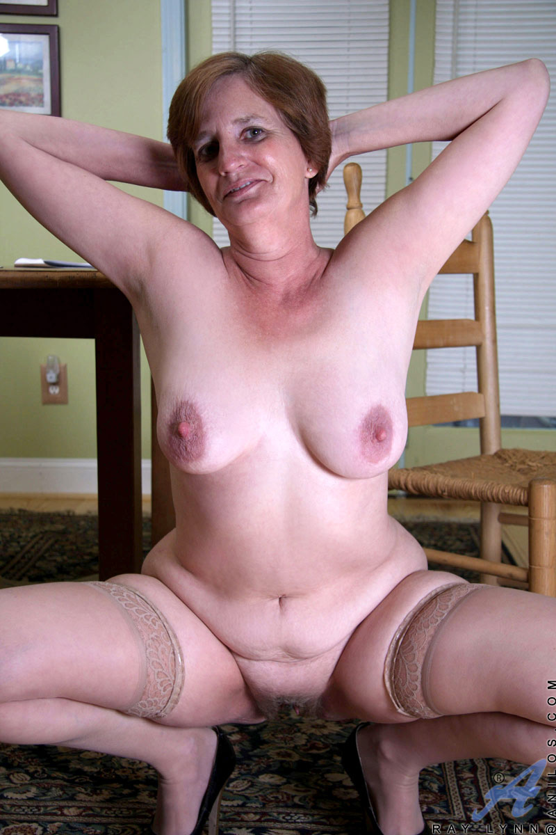 Boobs naked big saggy gallery mature girl