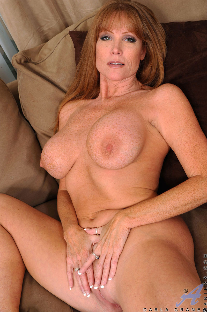Hot milf plays with wet pussy