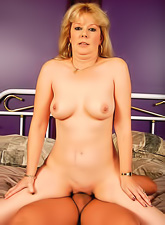 Horny and sexy MILF babe sucking a big fat cock and gets her tight pussy fucked