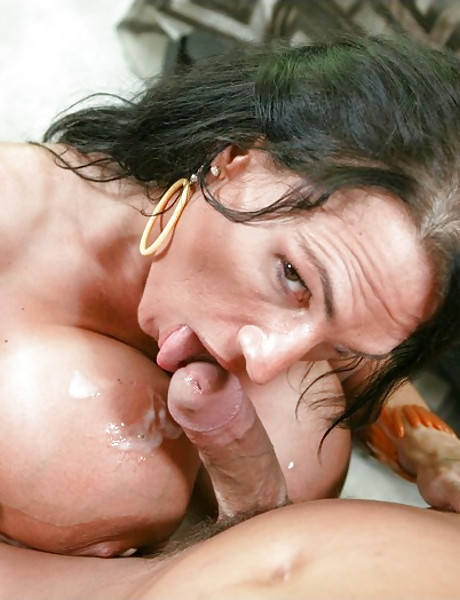 Foxy tattooed bitch takes her thongs off and gets her muff pumped hard and fast.