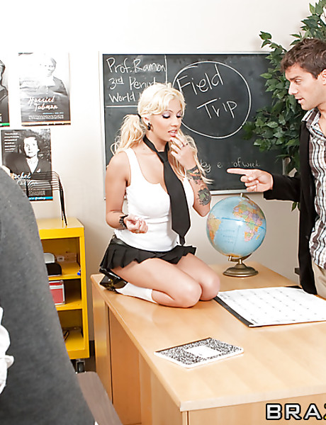 Busty blonde schoolgirl takes her mini skirt off and gets rammed by big meat pole.