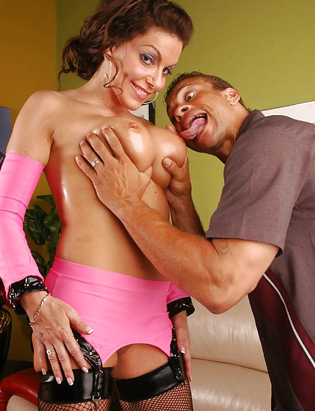 Slutty brunette MILF bitch gets her cunny roughly fucked in sexy pink lingerie.