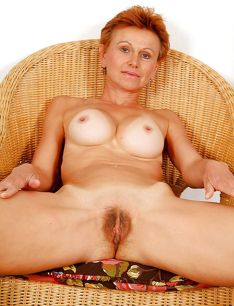 Mature Horny Hairy Clit
