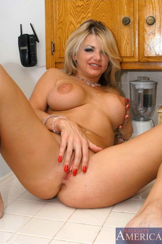 Vicky vette naked xxx, miley cyrus naked and blowjob