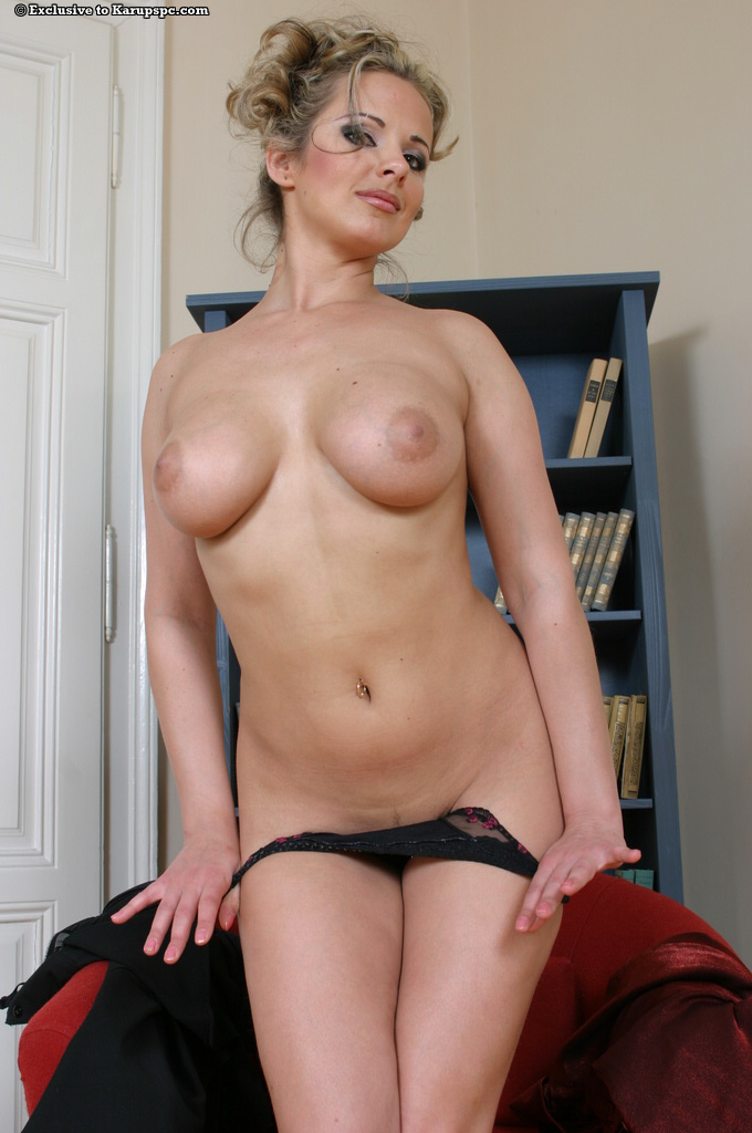 nude pictures of milf