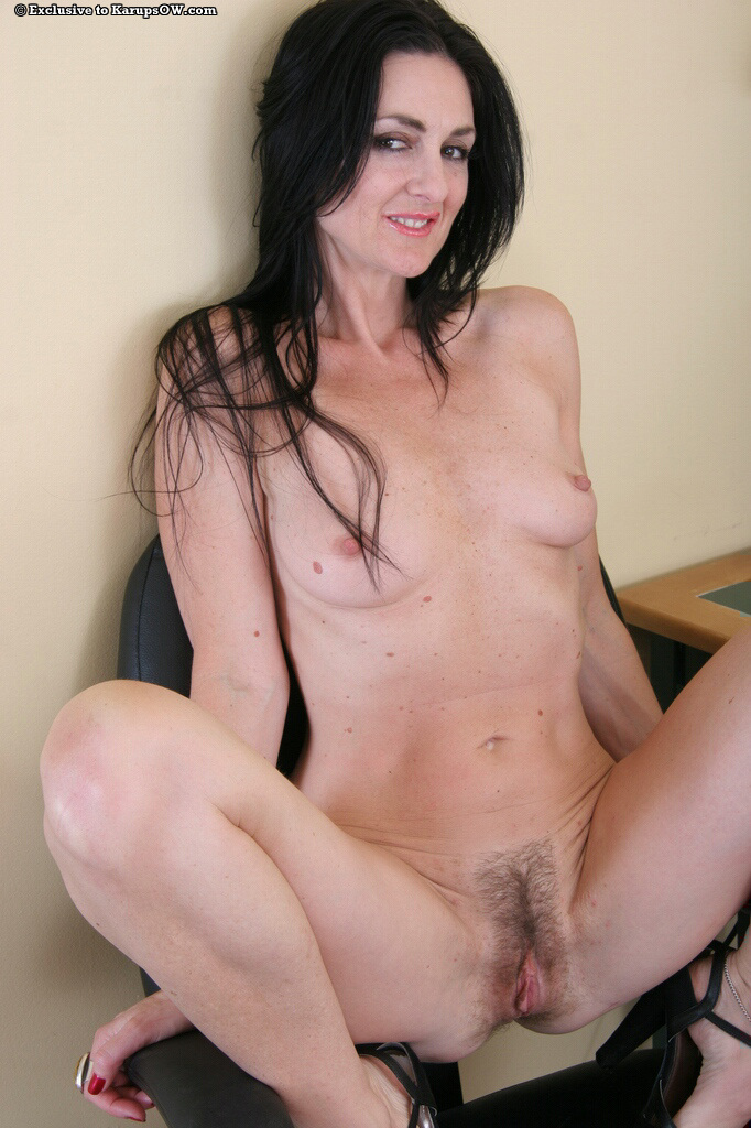 young natural milf