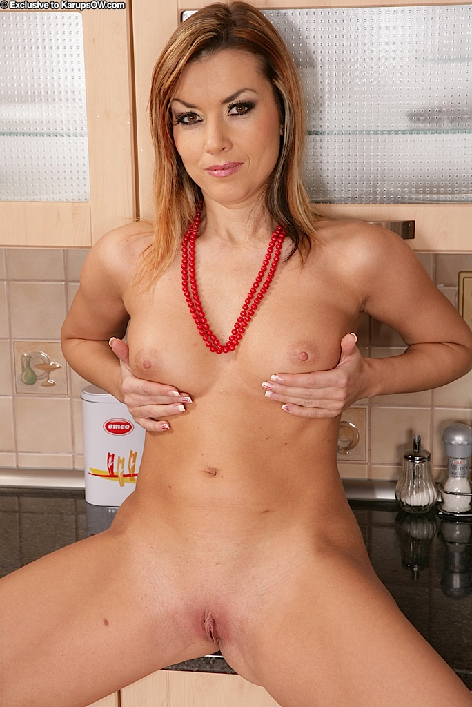 housewives horny Hot naked