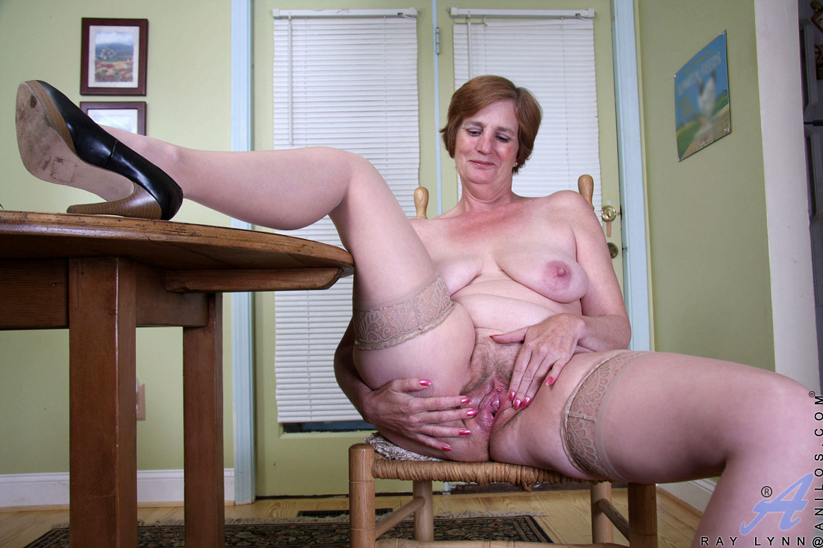 Granny pussy and ass