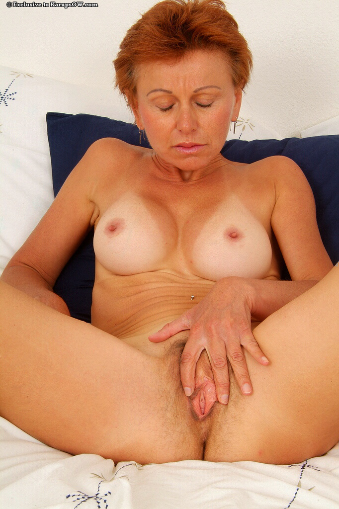 wet shaved tight pussy