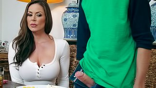 Hottest MILF Kendra Lust and the college cock that she dreamed about