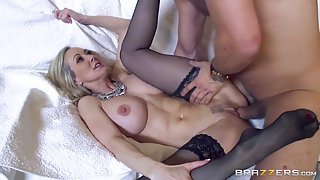 MILF blonde in stockings gets fucked