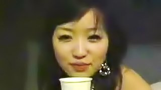 Japanese girlfriend loves hot sex